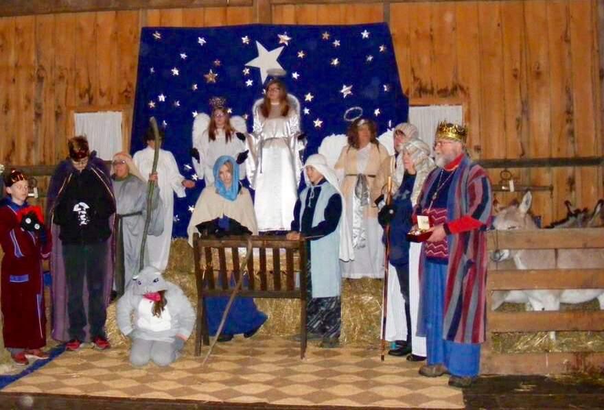 A Community Christmas & Live Nativity