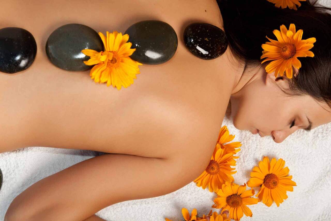 Natural Vibes Massage Wellness and Oils